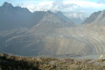Rio Tinto Grasberg rudnik u Indoneziji (Photo by Alfindra Primaldhi)